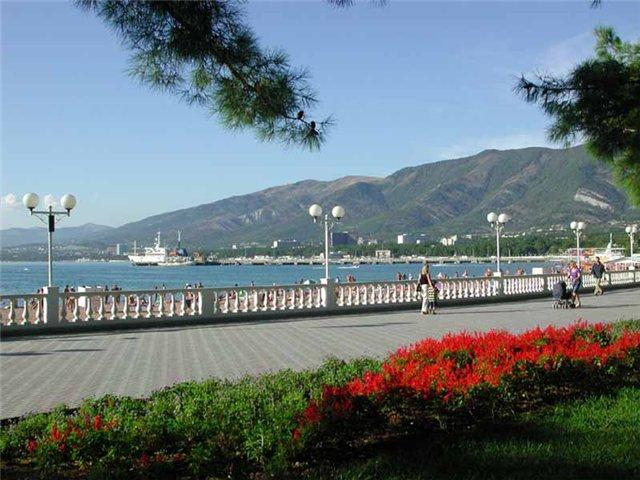 В зону курортов Геленджика входят поселки городского типа: Архипо-Осиповско
